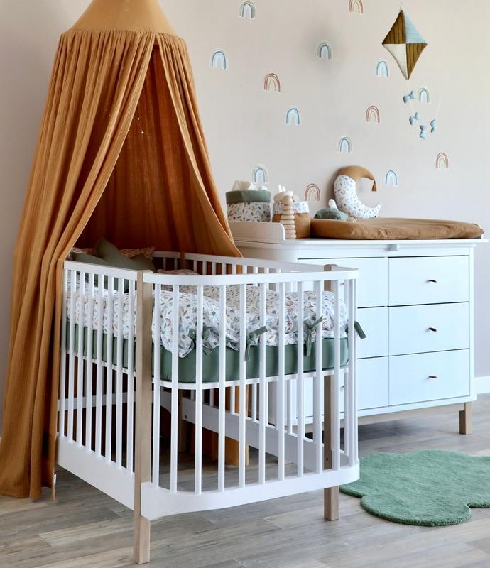 Babyzimmer 'Regenbogen' in Camel & Khaki